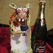 """Для дома и интерьера ручной работы. Ярмарка Мастеров - ручная работа Керамическая статуэтка """"Гламурный Заяц"""" в  подарок мужчине. Handmade."""
