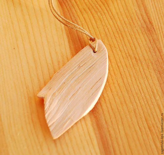 Фен-шуй ручной работы. Ярмарка Мастеров - ручная работа. Купить Кулон  из кедра щепной. Handmade. Кедр, оберег из дерева