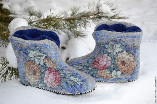 """Обувь ручной работы. Ярмарка Мастеров - ручная работа. Купить Чуни """"Купалье"""". Handmade. Тёмно-синий, тапки из шерсти"""