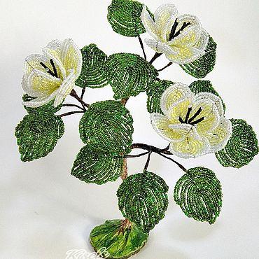 Цветы и флористика. Ярмарка Мастеров - ручная работа Магнолия из бисера. Handmade.