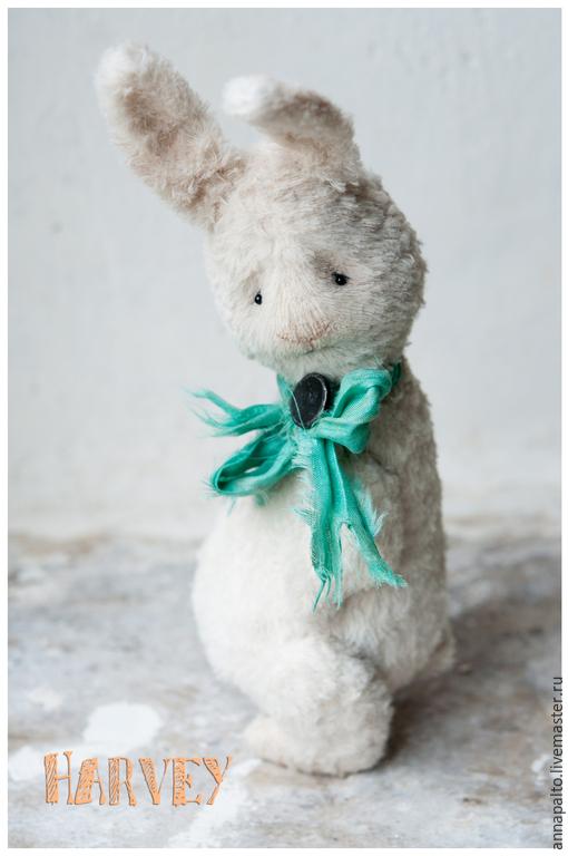 Авторская коллекционная игрушка тедди кролик Харви, грустный и мечтательный зайка тедди,который будет счастлив найти друга.  мишки тедди и  их тедди друзья от Анна Палто, Ярмарка мастеров