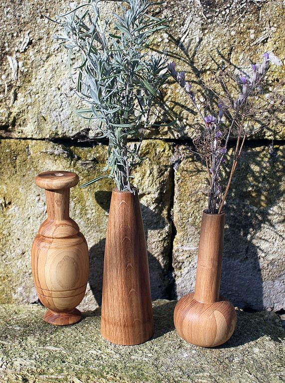 Деревянные вазы для маленьких букетиков цветов