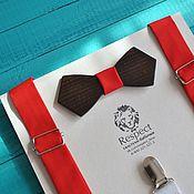 Аксессуары ручной работы. Ярмарка Мастеров - ручная работа Ярко красные подтяжки в комплекте с деревянной галстук бабочкой. Handmade.