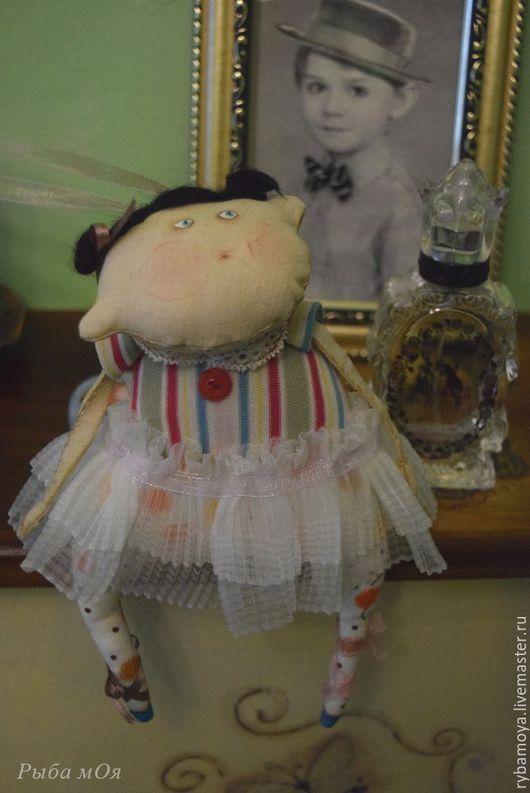 Чердачная кукла Балерина с гулями. Текстильная. Примитив. Ярмарка мастеров-ручная работа. Handmade. Украшение для интерьера. Подвеска. Мастер Яга.