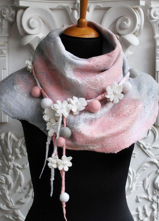 Шарфы и шарфики ручной работы. Ярмарка Мастеров - ручная работа. Купить Бело-розовый шарф Первоцветы. Handmade. Бледно-розовый