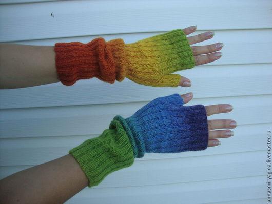 Варежки, митенки, перчатки ручной работы. Ярмарка Мастеров - ручная работа. Купить Митенки Радужные (красный оранжевый желтый зеленый голубой синий). Handmade.