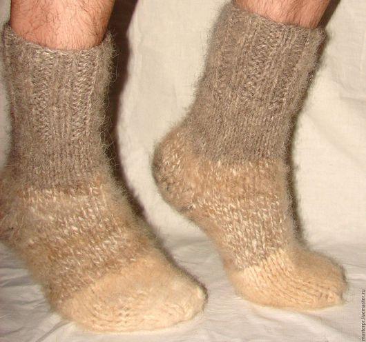 Носки  пуховые толстые арт№108м из собачьей шерсти . Носки связаны из 2-х толстых ссученных ниток (толщина). Очень толстые и очень теплые .  Ручное прядение. Ручное вязание. Живая нитка.
