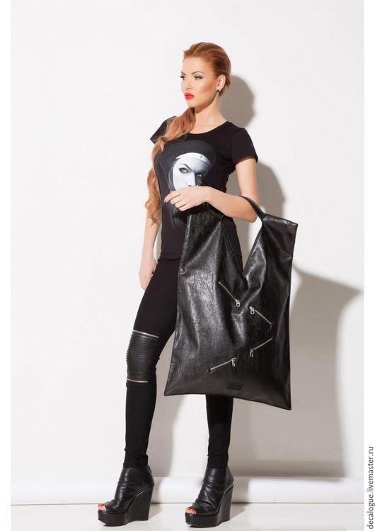 """Спортивные сумки ручной работы. Ярмарка Мастеров - ручная работа. Купить Сумка """"HEAVEN"""". Handmade. Черный, сумка женская"""