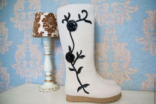 """Обувь ручной работы. Ярмарка Мастеров - ручная работа. Купить Валенки """"Цветы"""" белые. Handmade. Белый, дизайнерские валенки, русский"""