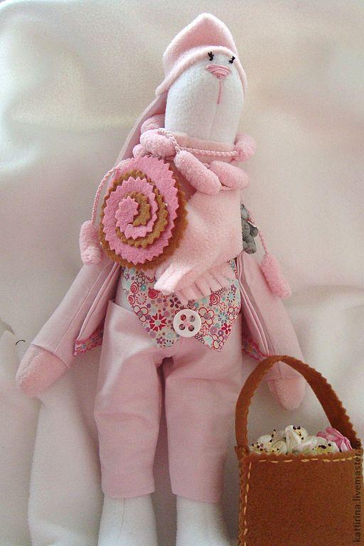 Куклы Тильды ручной работы. Ярмарка Мастеров - ручная работа. Купить тильда заяц. Handmade. Розовый, подарок, холофайбер