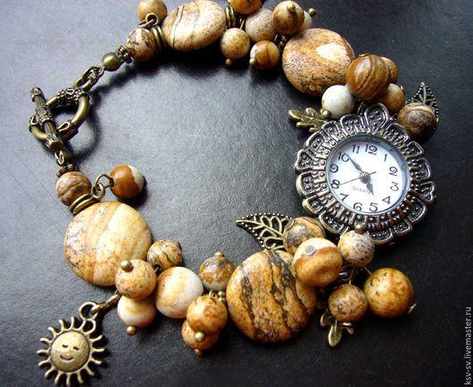 Браслеты ручной работы. Ярмарка Мастеров - ручная работа. Купить Часы-браслет с пейзажной яшмой. Handmade. Бежевый, кремовый браслет
