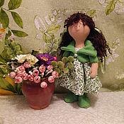 Куклы и игрушки ручной работы. Ярмарка Мастеров - ручная работа Кукла в зеленом. Handmade.