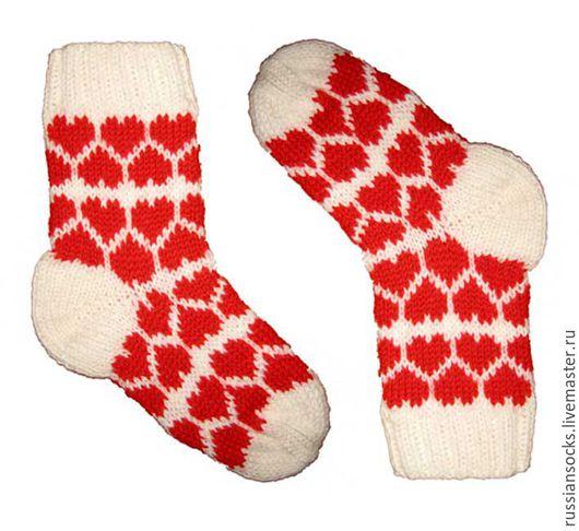 Подарок на День Святого Валентина  Подарок любимому человеку, подарок любимой Носки с сердечком, носки вязаные, вязаные носки