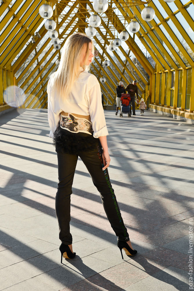 Джинсовый дизайн корсет  котик и строка кода, Брюки шорты, Москва, Фото №1