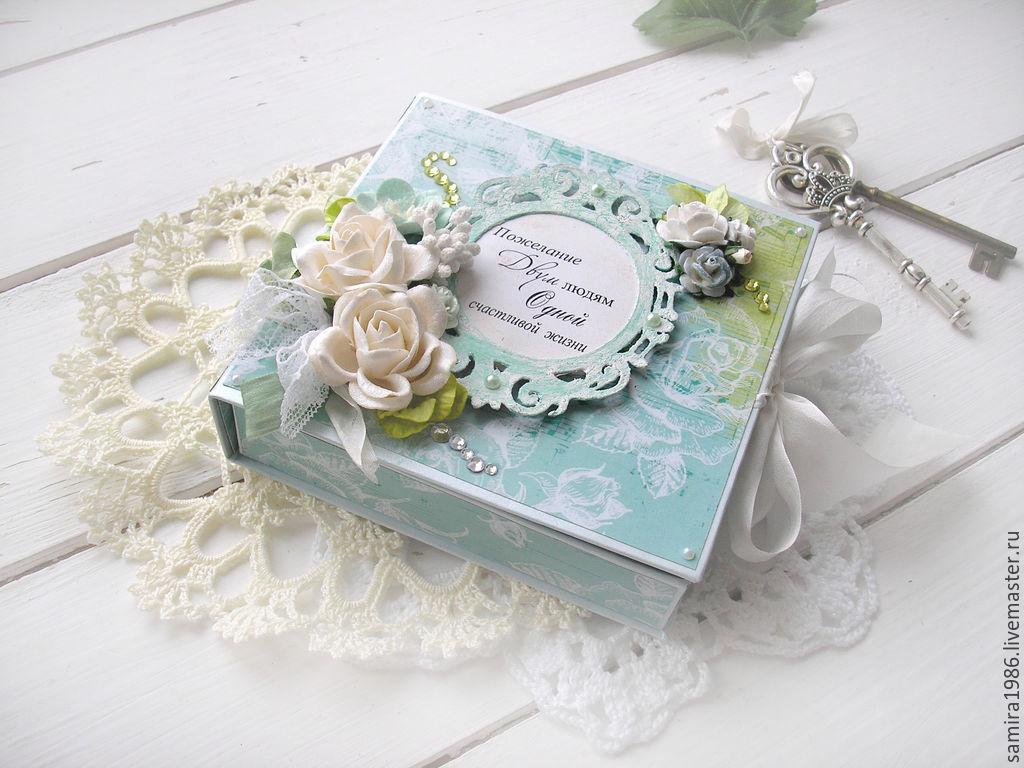 Как подписать открытку с деньгами в день свадьбы, обнимающимися людьми открытки