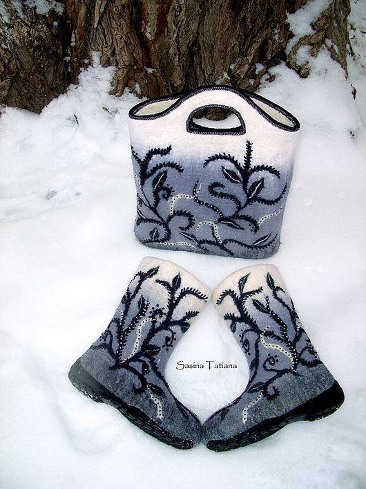 """Обувь ручной работы. Ярмарка Мастеров - ручная работа. Купить Комплект  """"Мороз"""". Handmade. Мороз, бисер"""