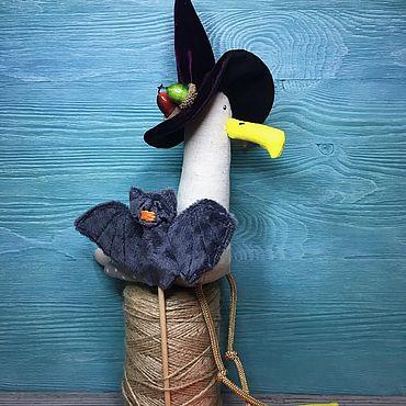 Куклы и игрушки ручной работы. Ярмарка Мастеров - ручная работа Игрушки: Чайка к Хэллоуину готова). Handmade.