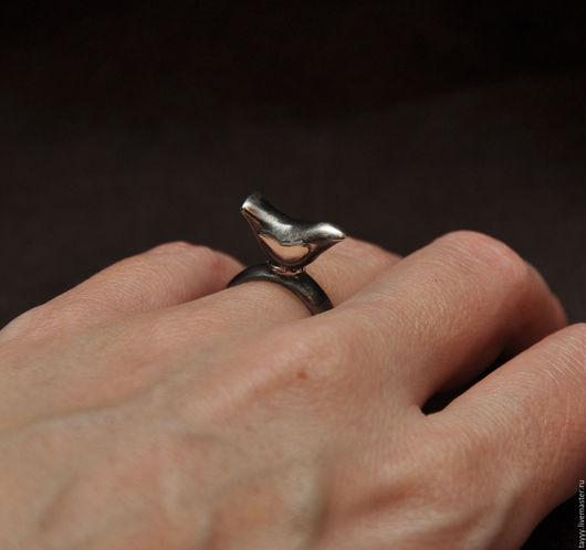 """Кольца ручной работы. Ярмарка Мастеров - ручная работа. Купить Кольцо """"Птица"""". Handmade. Черный"""