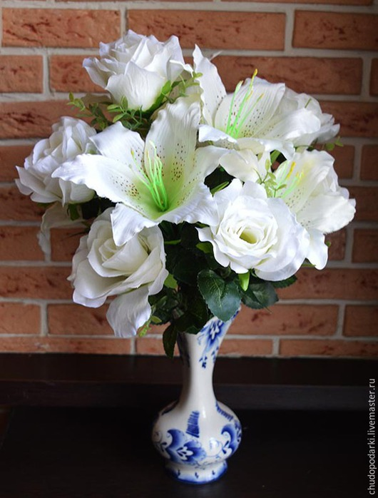 Искусственные растения ручной работы. Ярмарка Мастеров - ручная работа. Купить Композиция роз и лилий (4318), белый.. Handmade. Белый