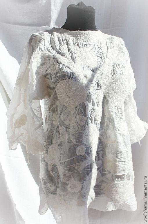 Блузки ручной работы. Ярмарка Мастеров - ручная работа. Купить Блузка-туника  валяная Белые завитки. Handmade. Белый, туника