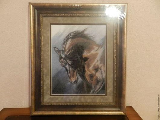 Ручная работа.Лошадь – это величественное благородное животное, символизирует смелость, хорошую репутацию, славу, скорость, выносливость и упорство. Хороший подарок руководителю,партнеру.