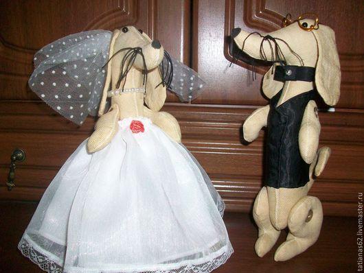 Игрушки животные, ручной работы. Ярмарка Мастеров - ручная работа. Купить свадебные таксы. Handmade. Подарок на свадьбу, жених и невеста