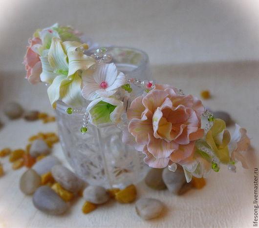 """Диадемы, обручи ручной работы. Ярмарка Мастеров - ручная работа. Купить ободок с цветами """"Поцелуй феи"""". Handmade. Белый"""