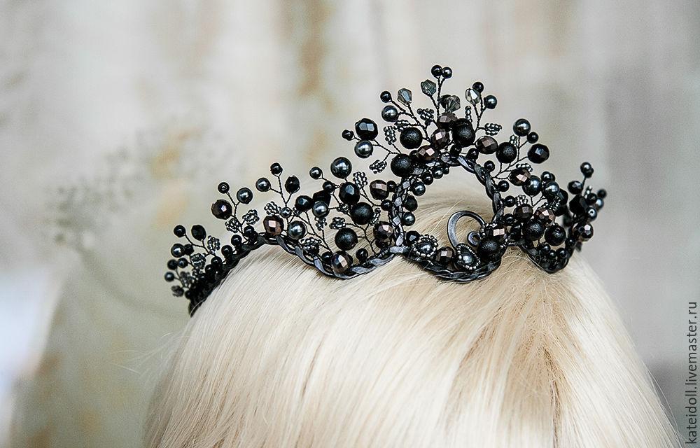 Crown Quot Black Queen Quot Gothic Tiara Shop Online On