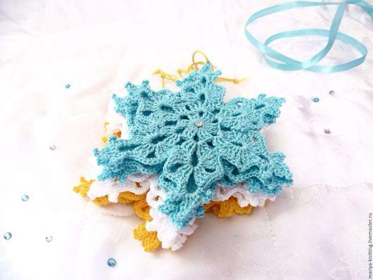 Волшебные снежинки. Яркие елочные украшения. Ярмарка Мастеров-ручная работа