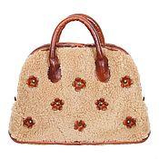 Сумки и аксессуары handmade. Livemaster - original item Plush handbag made of genuine sheepskin and leather. Handmade.