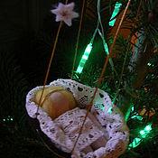 Куклы и игрушки ручной работы. Ярмарка Мастеров - ручная работа Рождественский Младенец в колыбели. Handmade.