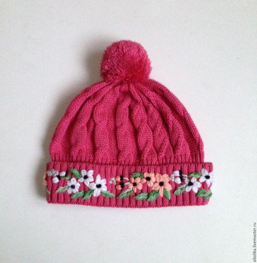 Шапки и шарфы ручной работы. Ярмарка Мастеров - ручная работа. Купить Шапочка с вышивкой для девочки 6-10 л. - розовая. Handmade.