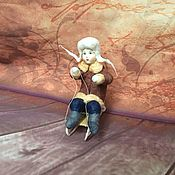Куклы и игрушки ручной работы. Ярмарка Мастеров - ручная работа Ватная игрушка, Гриша на санках. Handmade.