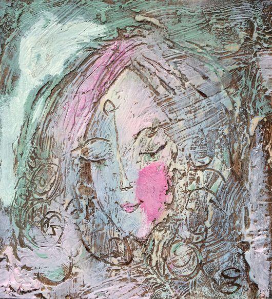 Розовая эльфийка.