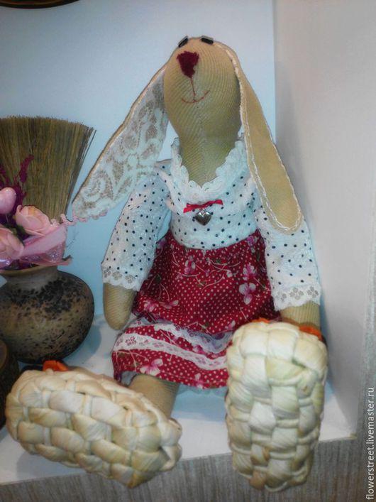 Кукла ручной работы - Тильда-заяц.