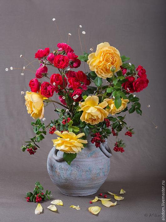 """Фотокартины ручной работы. Ярмарка Мастеров - ручная работа. Купить Фотокартина """"Букет с брусникой"""". Handmade. Ярко-красный, желтый, розы"""