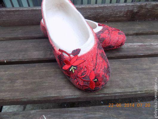 """Обувь ручной работы. Ярмарка Мастеров - ручная работа. Купить Тапочки  """"Кармен"""". Handmade. Разноцветный, подарок на день рождения"""