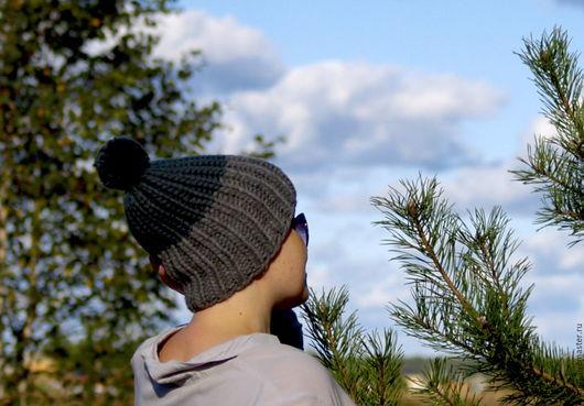 Шапки ручной работы. Ярмарка Мастеров - ручная работа. Купить Модная двухцветная шапка из толстой мериносовой пряжи. Handmade. Шапка