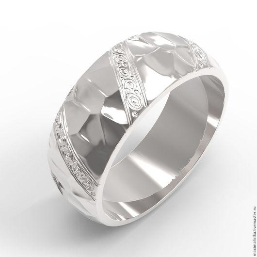 Широкое кольцо `Hammered` с молотковой фактурой из золота / серебра - К7