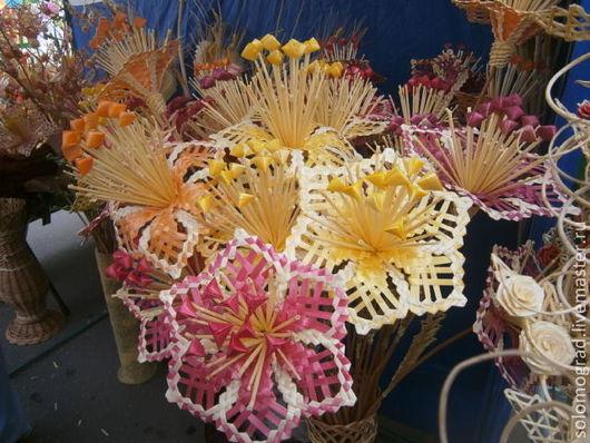 Цветы ручной работы. Ярмарка Мастеров - ручная работа. Купить Цветок Звездочка из соломки  в напольную вазу. Handmade. Цветы, Соломка