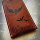 Подарки на Хэллоуин ручной работы. Ярмарка Мастеров - ручная работа. Купить Чехол для телефона в стиле хеллоуин кожаный (нубук) Ночные гости. Handmade.