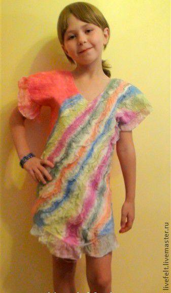 """Одежда для девочек, ручной работы. Ярмарка Мастеров - ручная работа. Купить Валяная блуза топ """" Радуга """". Handmade."""