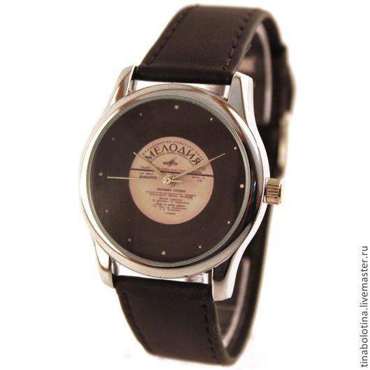 Часы ручной работы. Ярмарка Мастеров - ручная работа. Купить Дизайнерские наручные часы Виниловая Пластинка. Handmade. Ностальгия