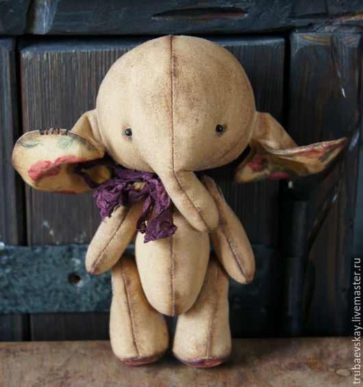 Ароматизированные куклы ручной работы. Ярмарка Мастеров - ручная работа. Купить Чердачная слоняша  8..). Handmade. Коричневый, слоненок