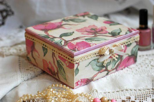 Шкатулки ручной работы. Ярмарка Мастеров - ручная работа. Купить Шкатулка Цветение сакуры, розовый кремовый дерево. Handmade. Розовый