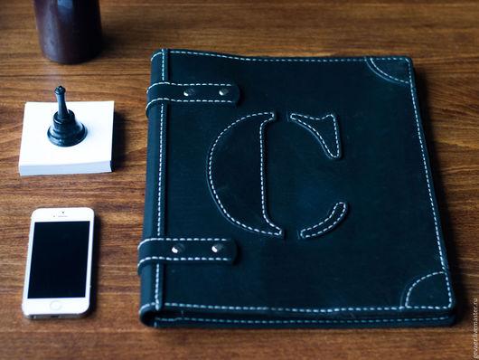 """Персональные подарки ручной работы. Ярмарка Мастеров - ручная работа. Купить Папка для бумаг """"Double Draft"""" логотип инициалы. Handmade."""
