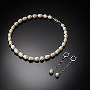 Украшения handmade. Livemaster - original item White pearl necklace and classic earrings set.. Handmade.