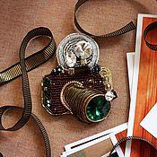 "Брошь-кулон ""Ретрофотокамера"" для конкурса ""Взгляд на фотоаппарат"""