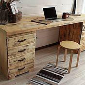 Столы ручной работы. Ярмарка Мастеров - ручная работа Рабочий стол из массива сосны. Handmade.