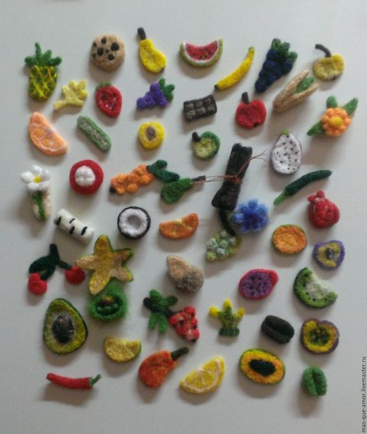 Магниты ручной работы. Ярмарка Мастеров - ручная работа. Купить фрукты-магнитики. Handmade. Комбинированный, магнит на холодильник, магнит в подарок